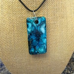 "**New** Handmade necklace 18"" UNIQUE! Blue"